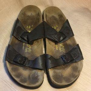 Birkenstock sandals 9-9.5